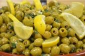 Olijven met koriander en knoflook