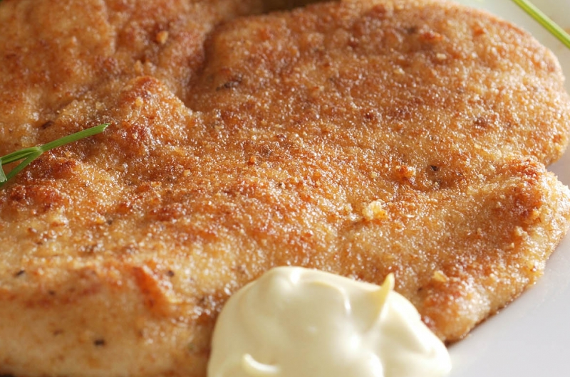 Gebakken krieltjes met sperziebonen en kipschnitzel