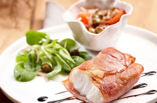 Kabeljauw filet, worteltjes en aardappelpuree