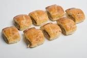 12 mini saucijzenbroodjes