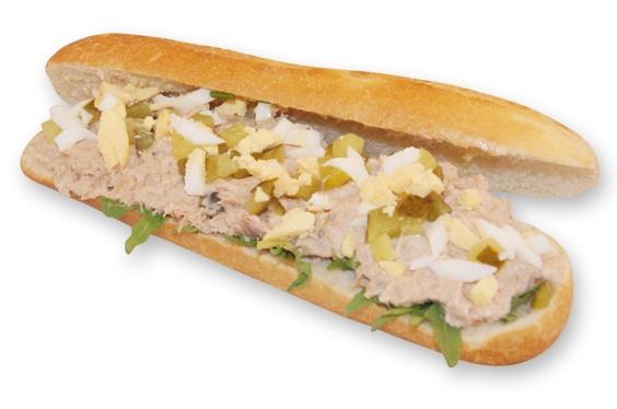 Pistolet met tonijn salade