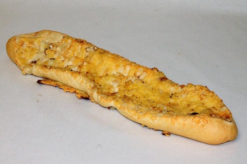 Uienkaasstokbrood