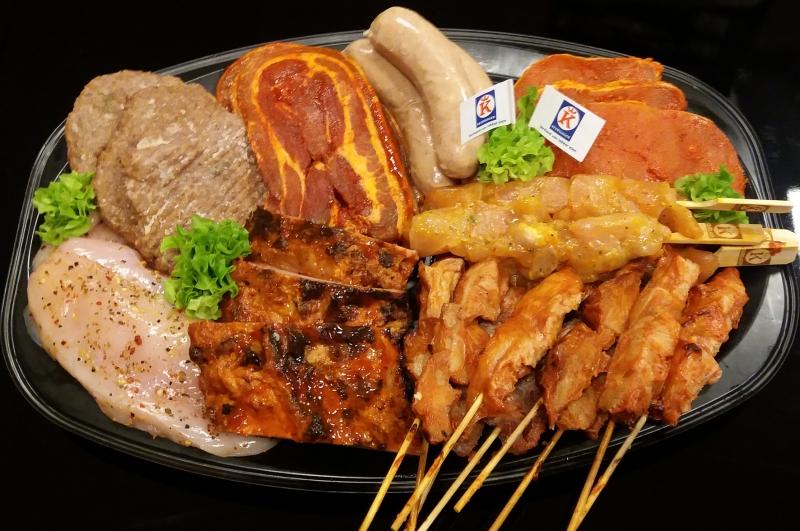 """Barbecue pakket """"Large"""" (5 stuks vlees ,uit variatie van 8)"""