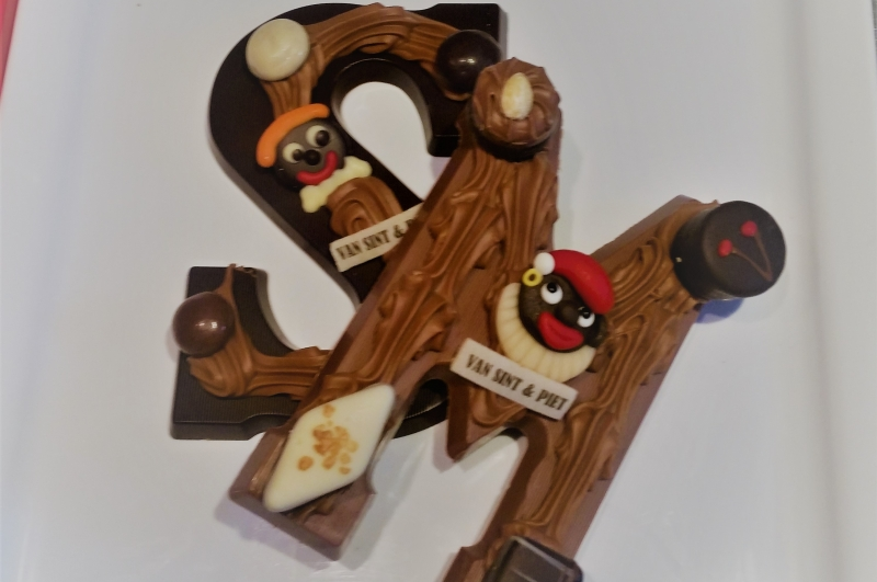 Chocolade letter groot