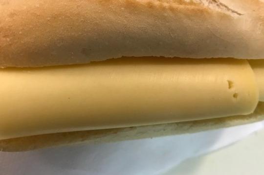Belegd broodje Kaas Jong, Oud, Roomkaas of Komijn kaas